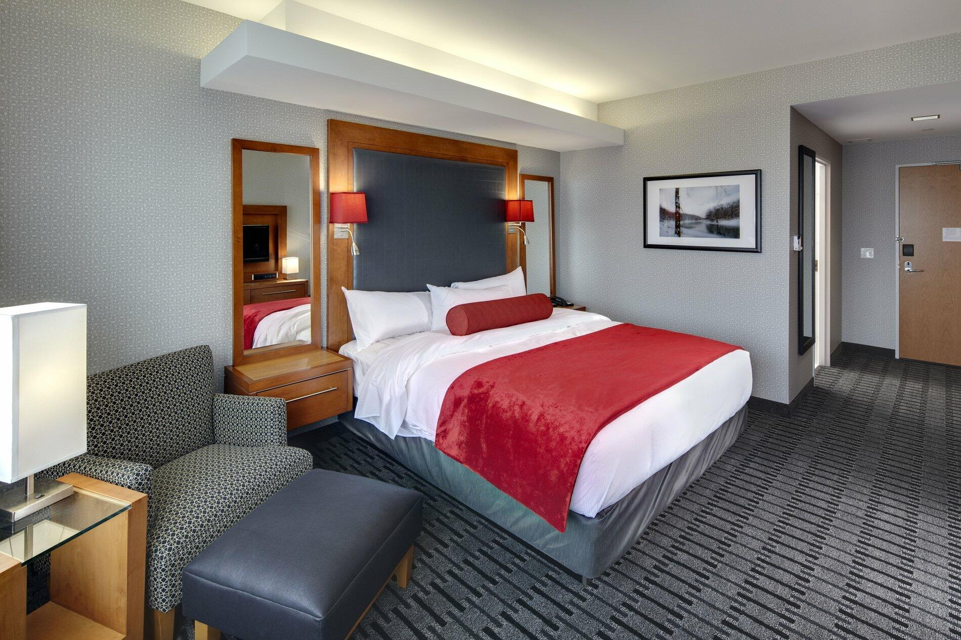 Large single bed room