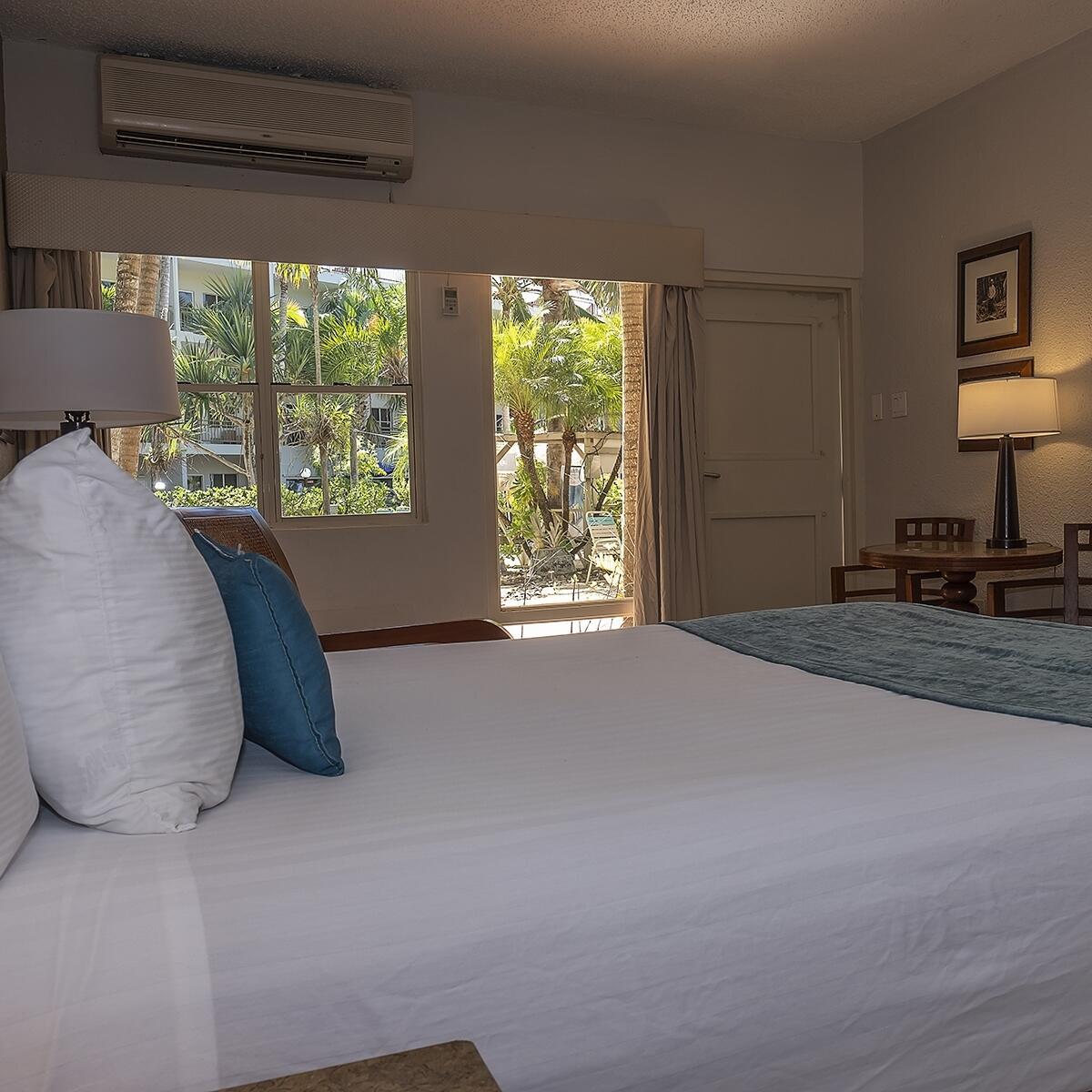 Beach Cabana Queen Guestroom