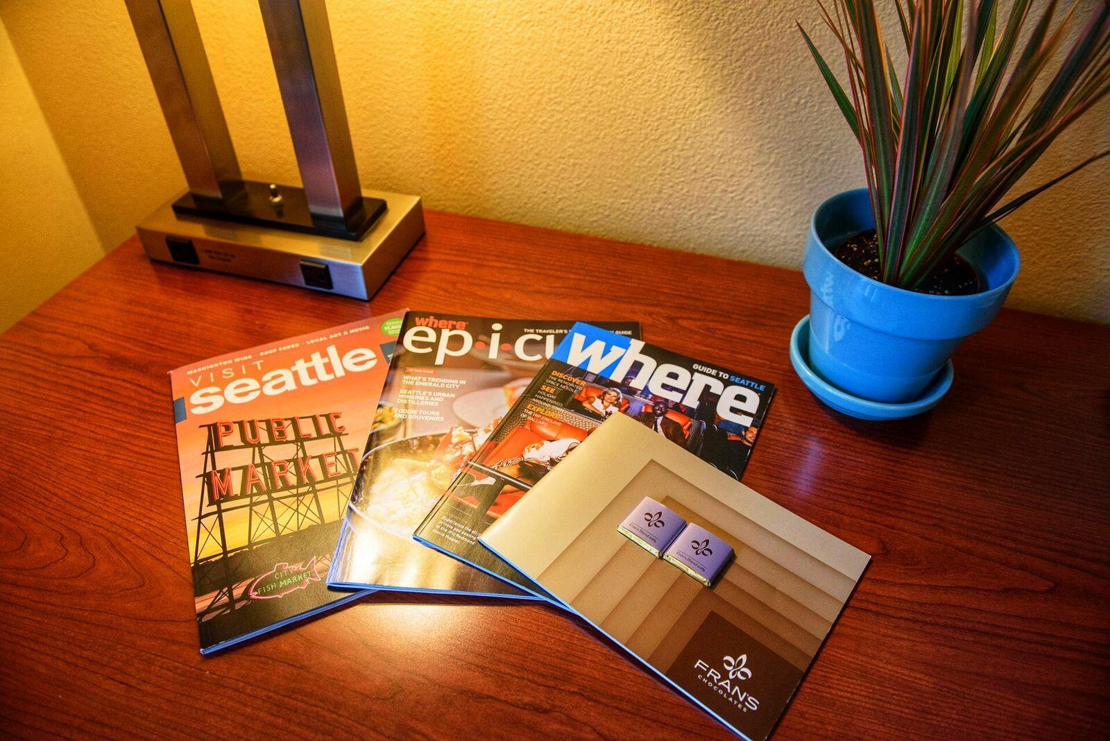 desk magazines