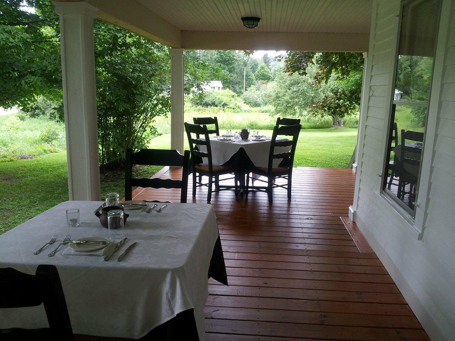 Dorset Inn porch dining