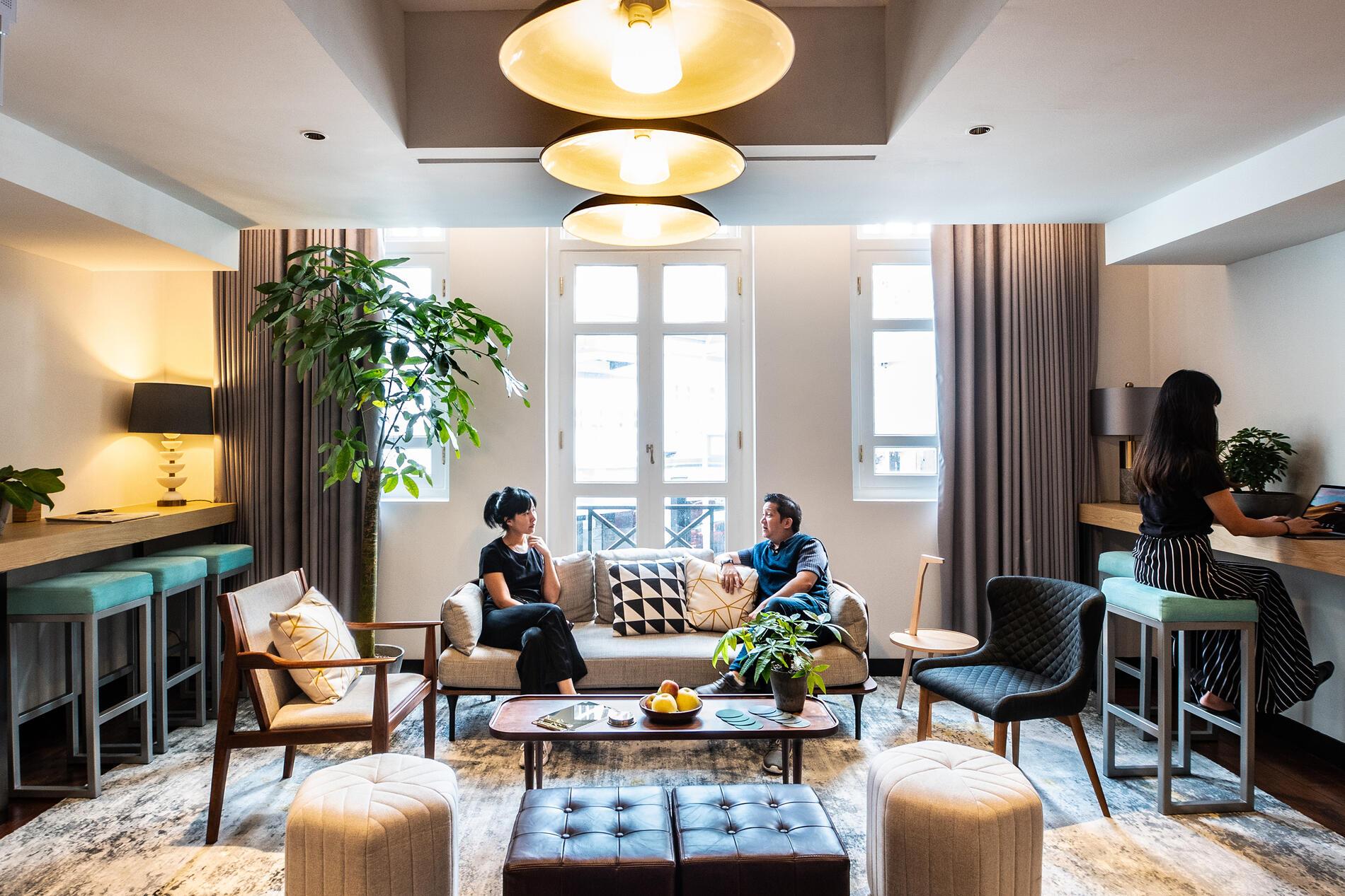 KēSa Lounge