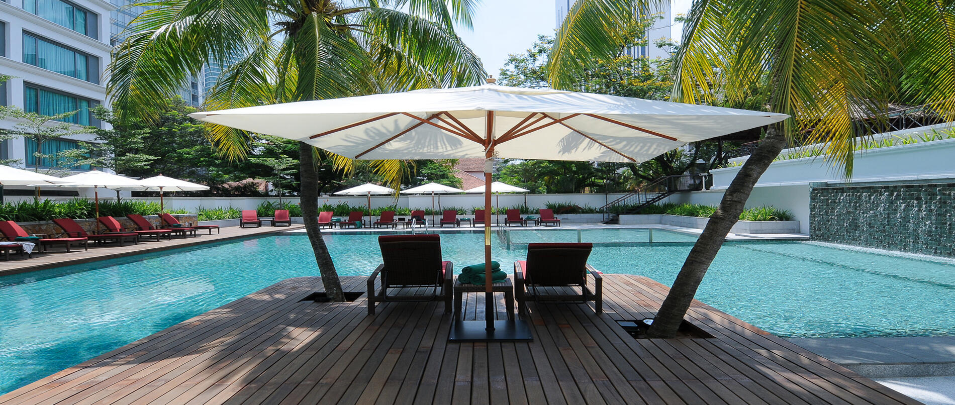 Gymnasium And Outdoor Swimming Pool | KLCC Hotels With A Pool