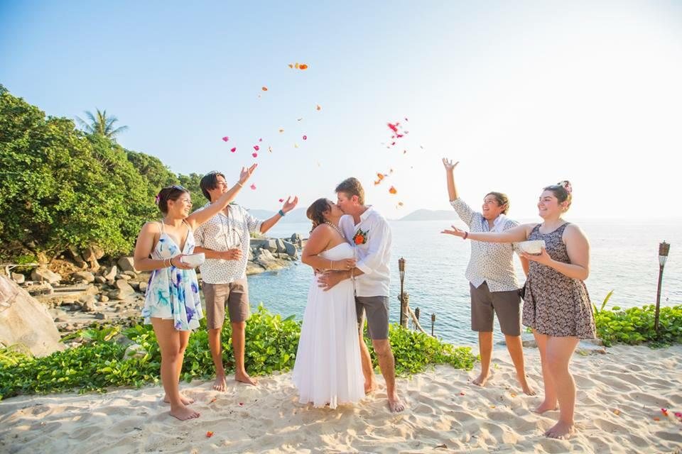 U Zenmaya Phuket Romantic Beach Wedding