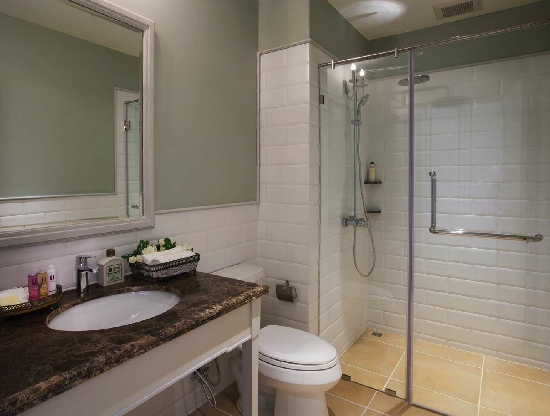 U Khao Yai Superior Room Bathroom