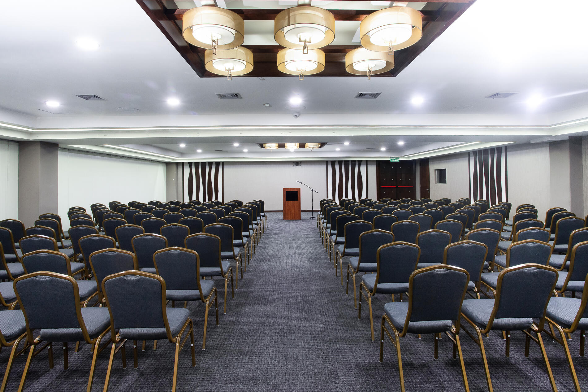Stannum Boutique Hotel Meeting Space Classroom