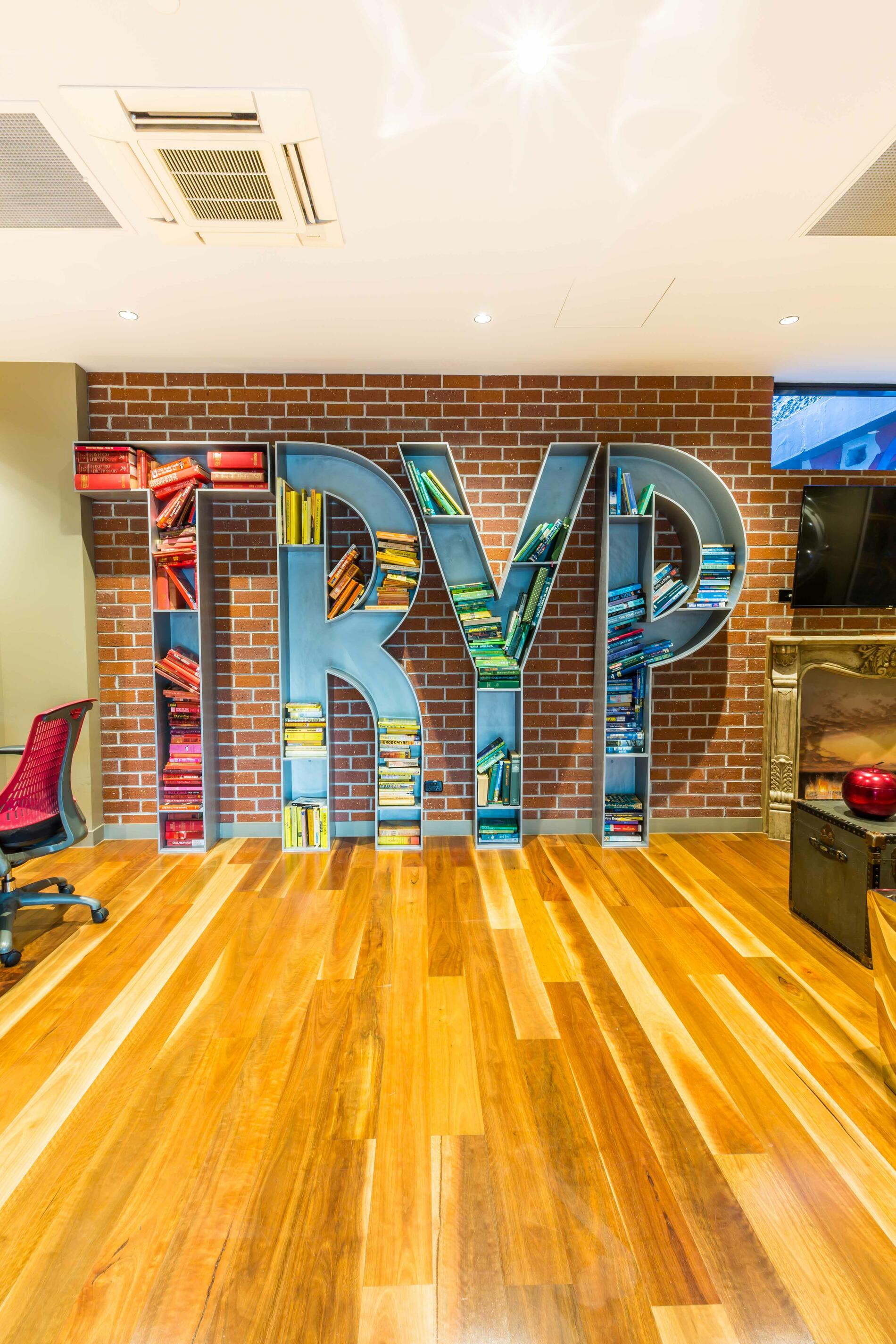 TRYP by Wyndham | Street Art Hotel in Fortitude Valley