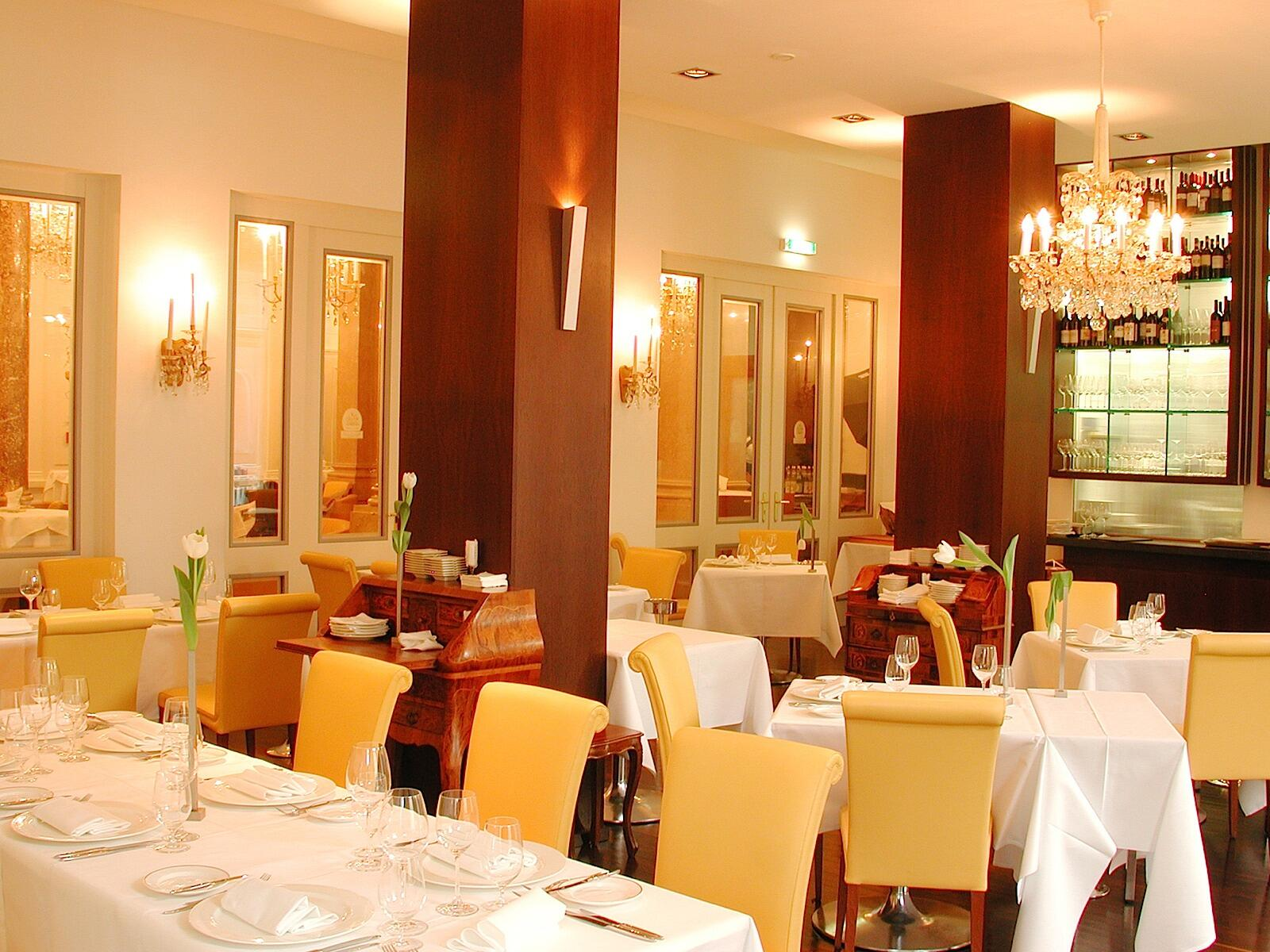 Restaurant at Ambassador Hotel in Vienna