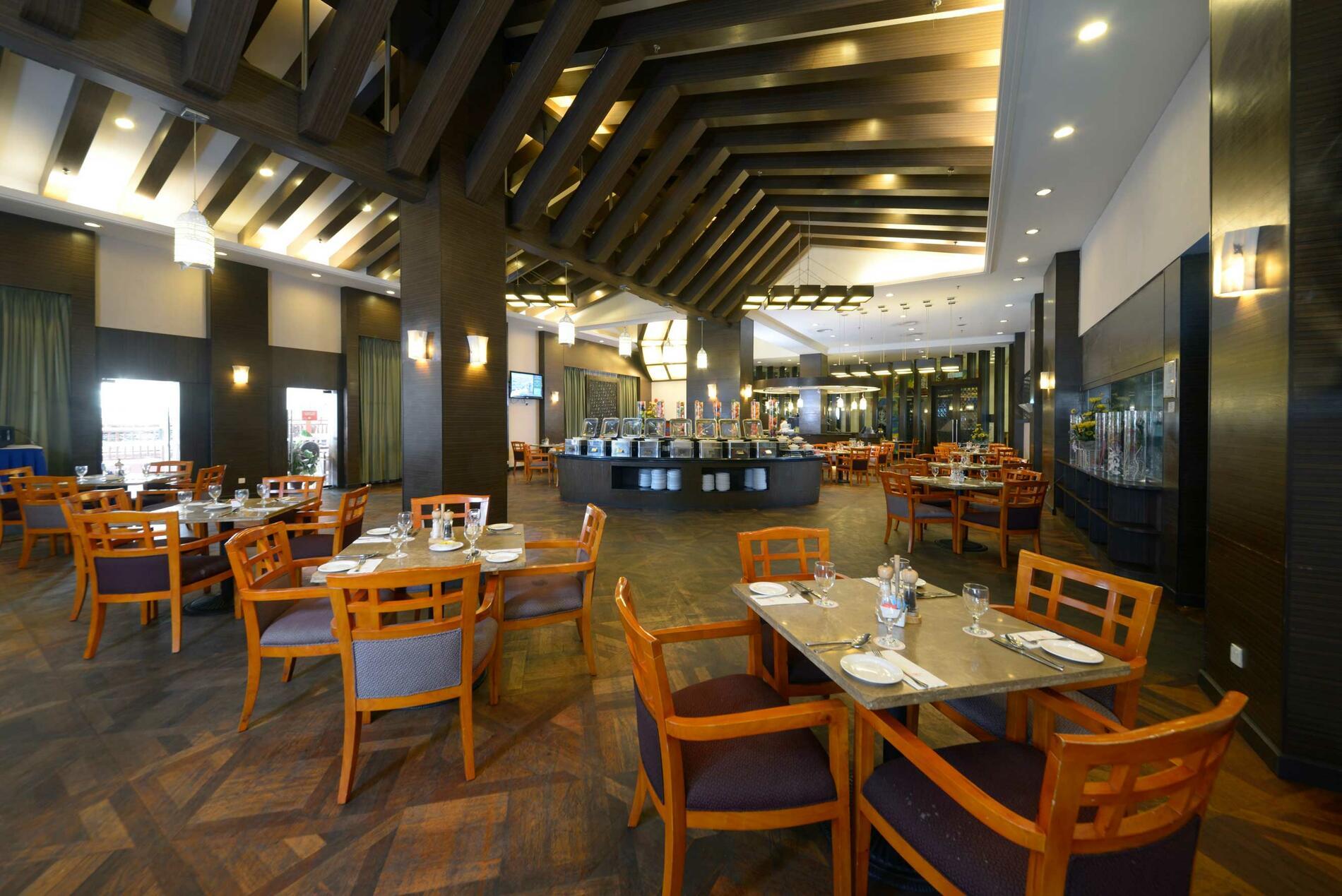 Dining | The Best Of Port Dickson Restaurant & Bars | Grand Lexi