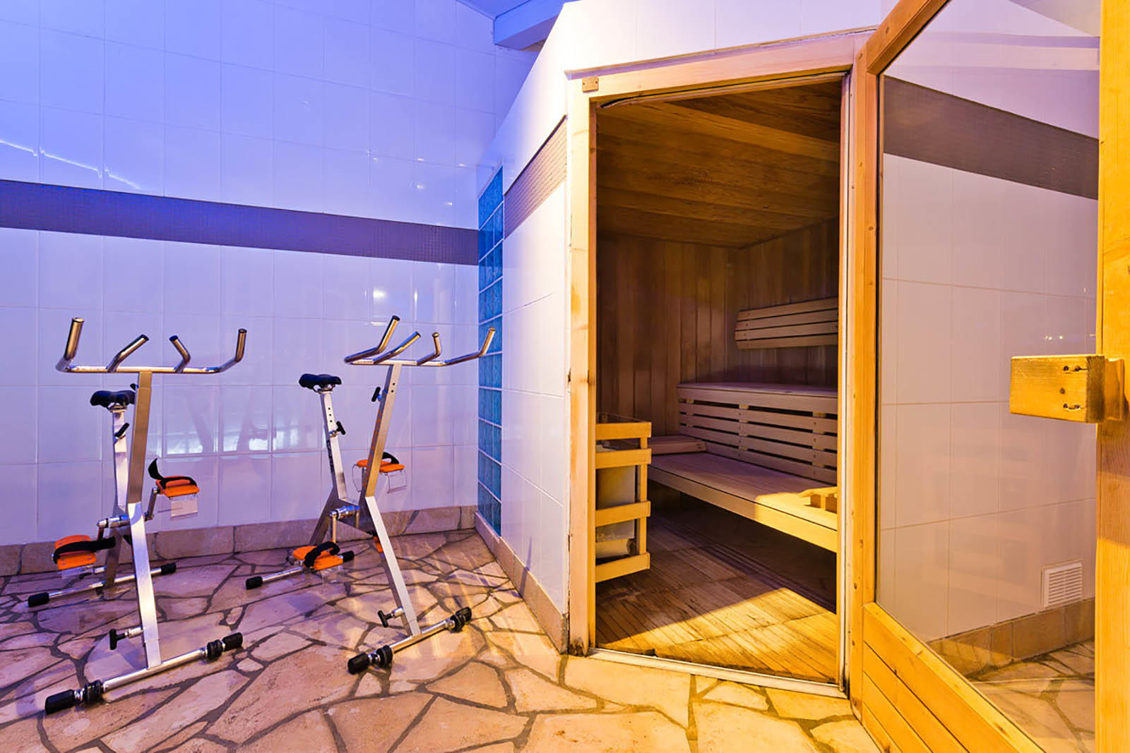 Sauna et Aquabike du Spa Les Gentianettes