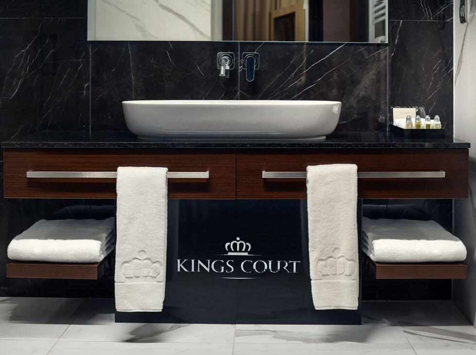 Suite bathroom at Hotel KINGS COURT in Prague