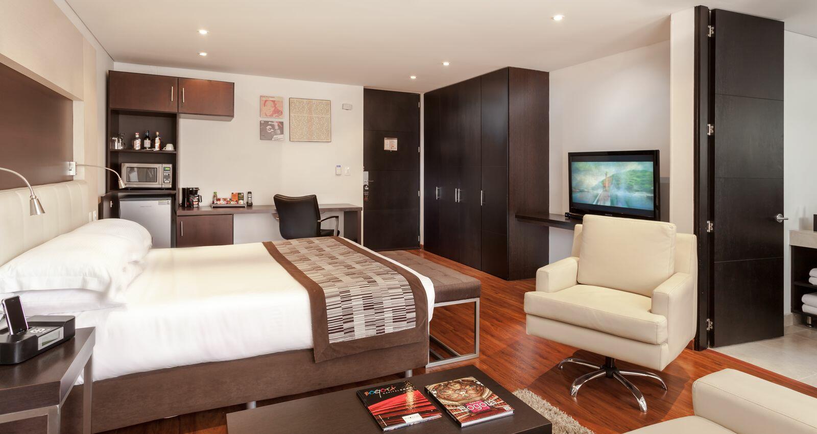 Bedroom in Junior Suite