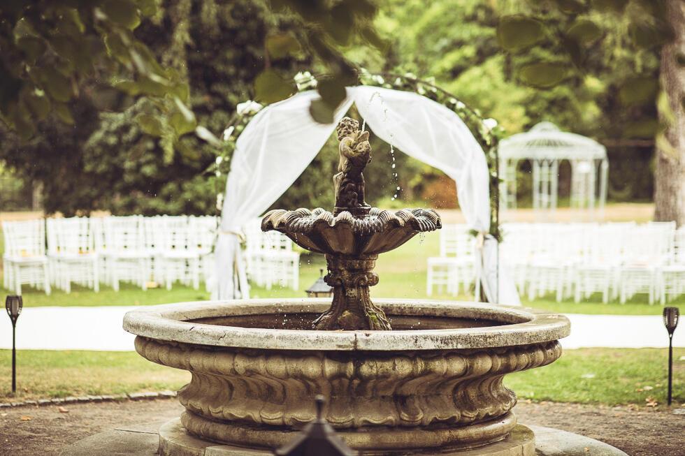 Garden Fountain - Patrick Hellman Schlosshotel