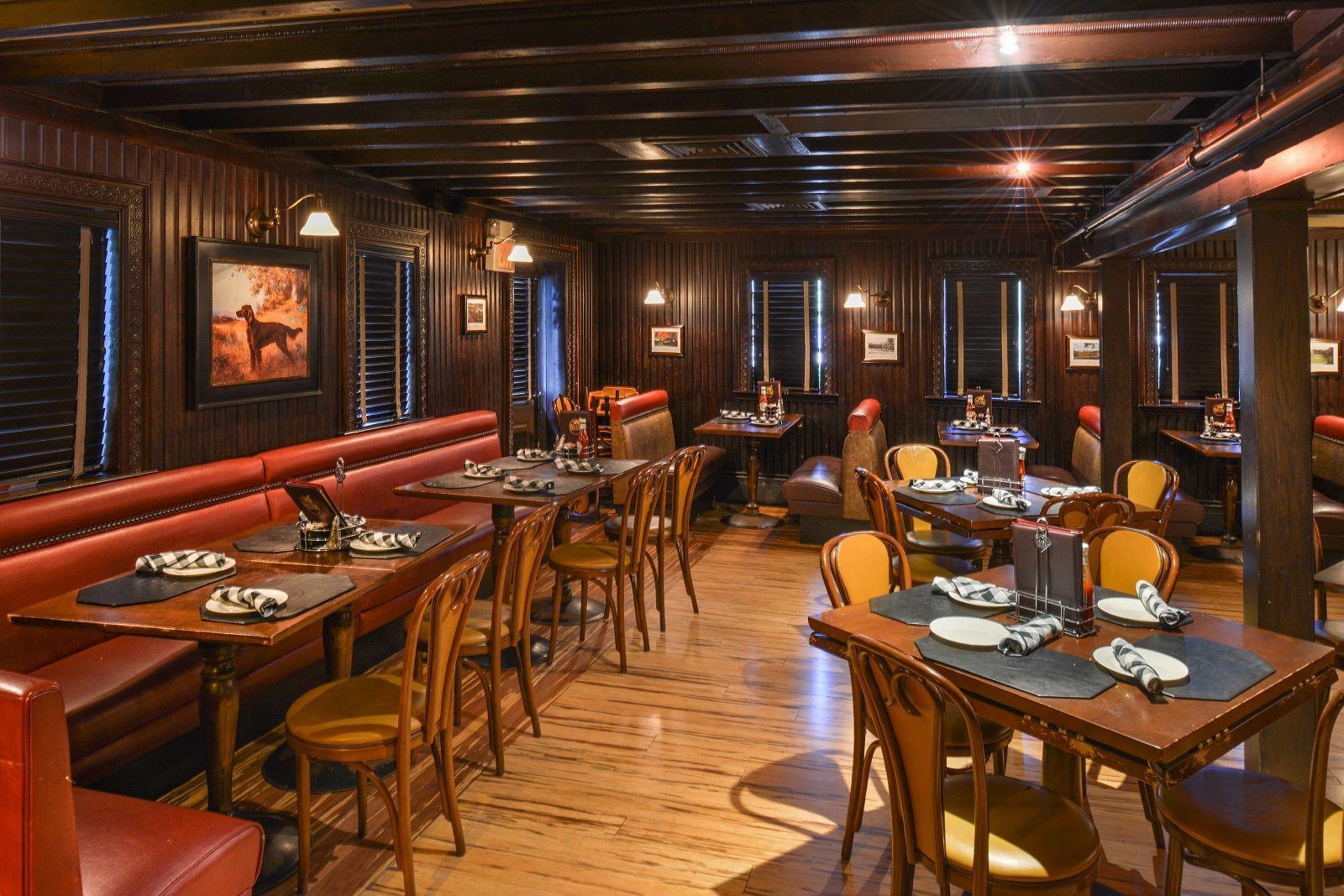 GK's Red Dog Tavern seating