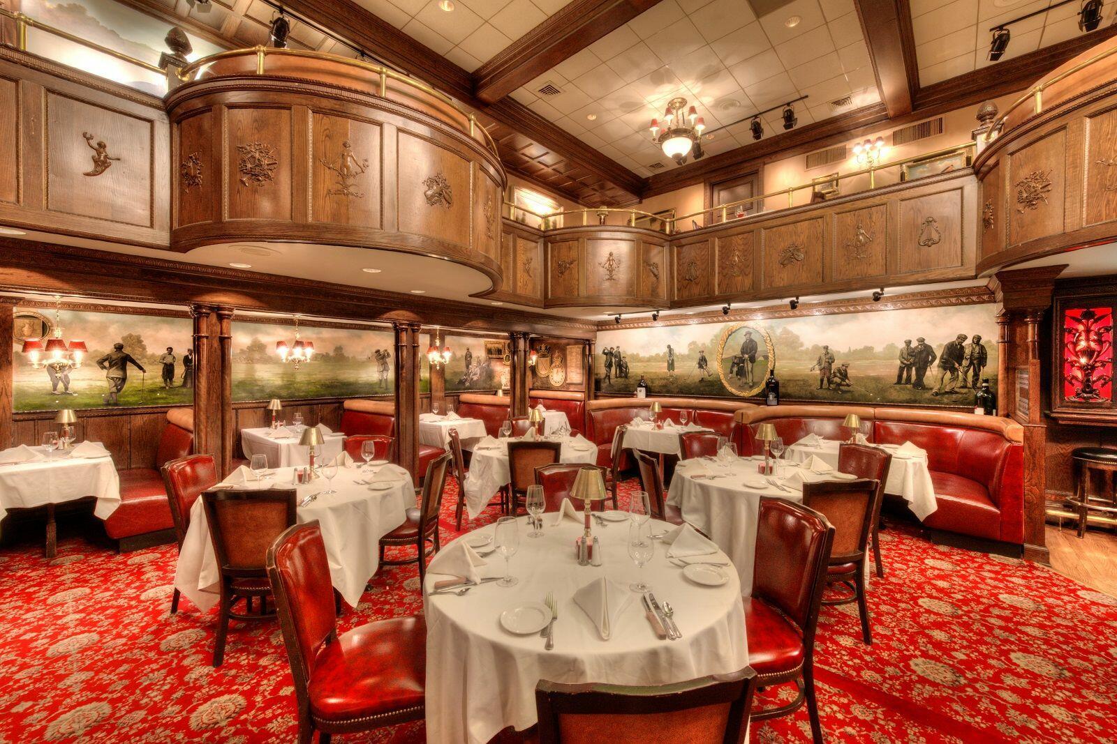 Interior of Rod's Steakhouse