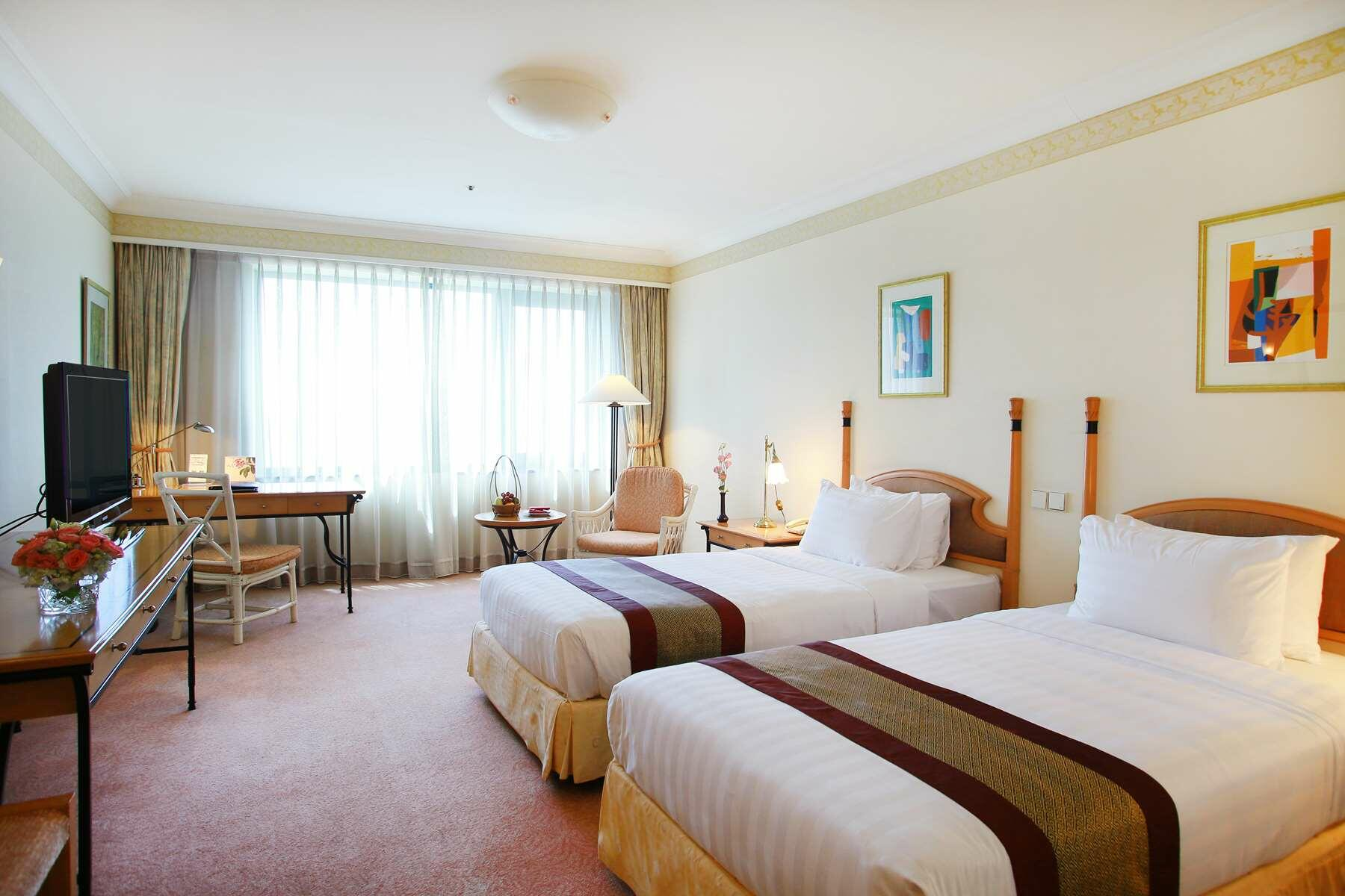 Grand Deluxe Room   Best Place to Stay in Hanoi   5 Star Hotels