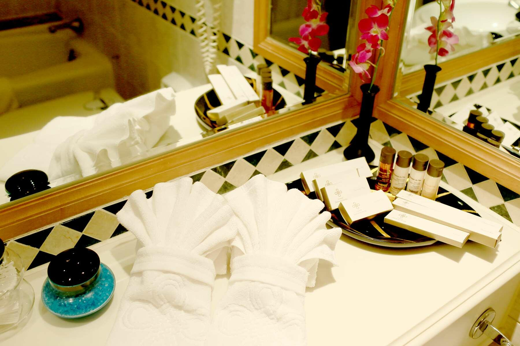 Luxury Hanoi Accommodation in City Centre   Where to Stay in Han