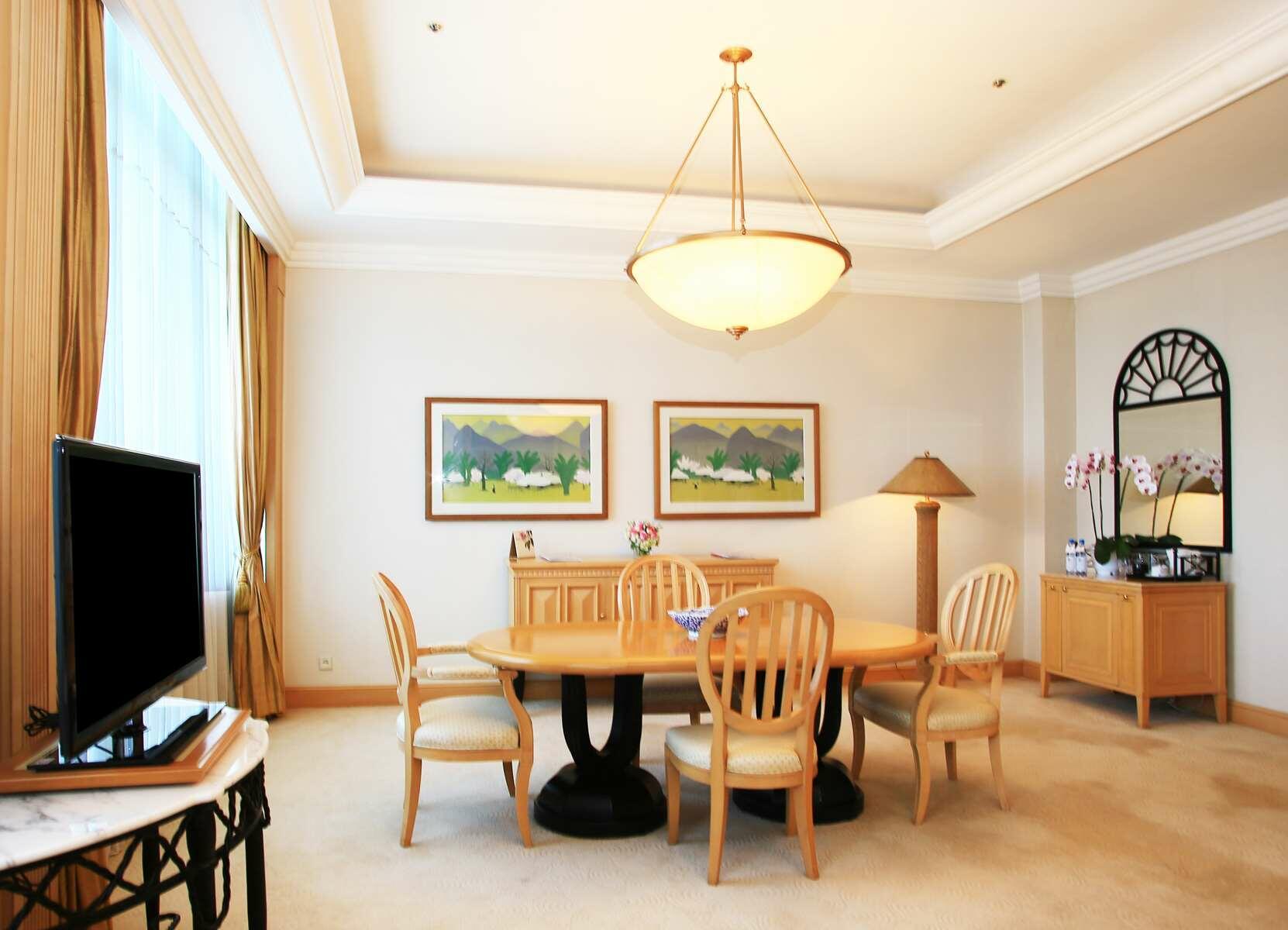 Senator Suite   Accommodation Hanoi Vietnam   Luxury Hotel Hanoi