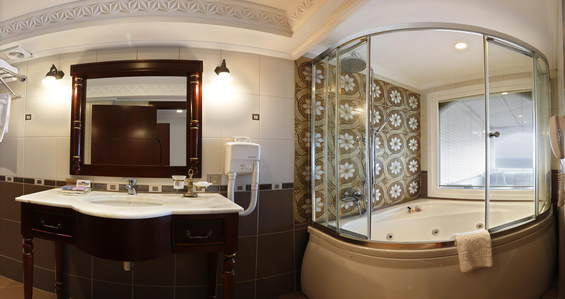 Sea View Junior Suite at Sultanahmet Palace Hotel in Istanbul