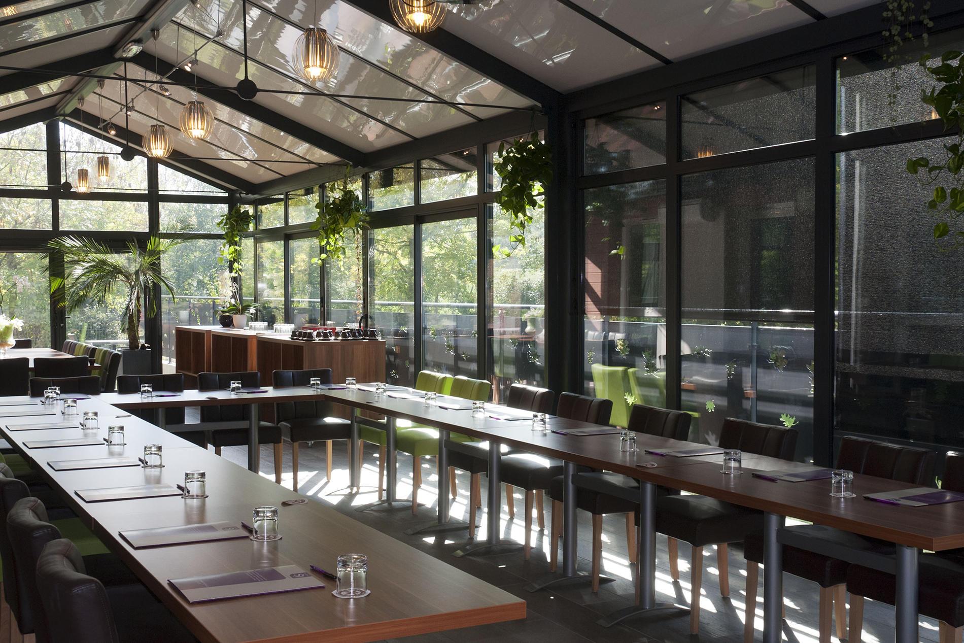 Lumineuse véranda pour réunions près de Nantes au The Originals