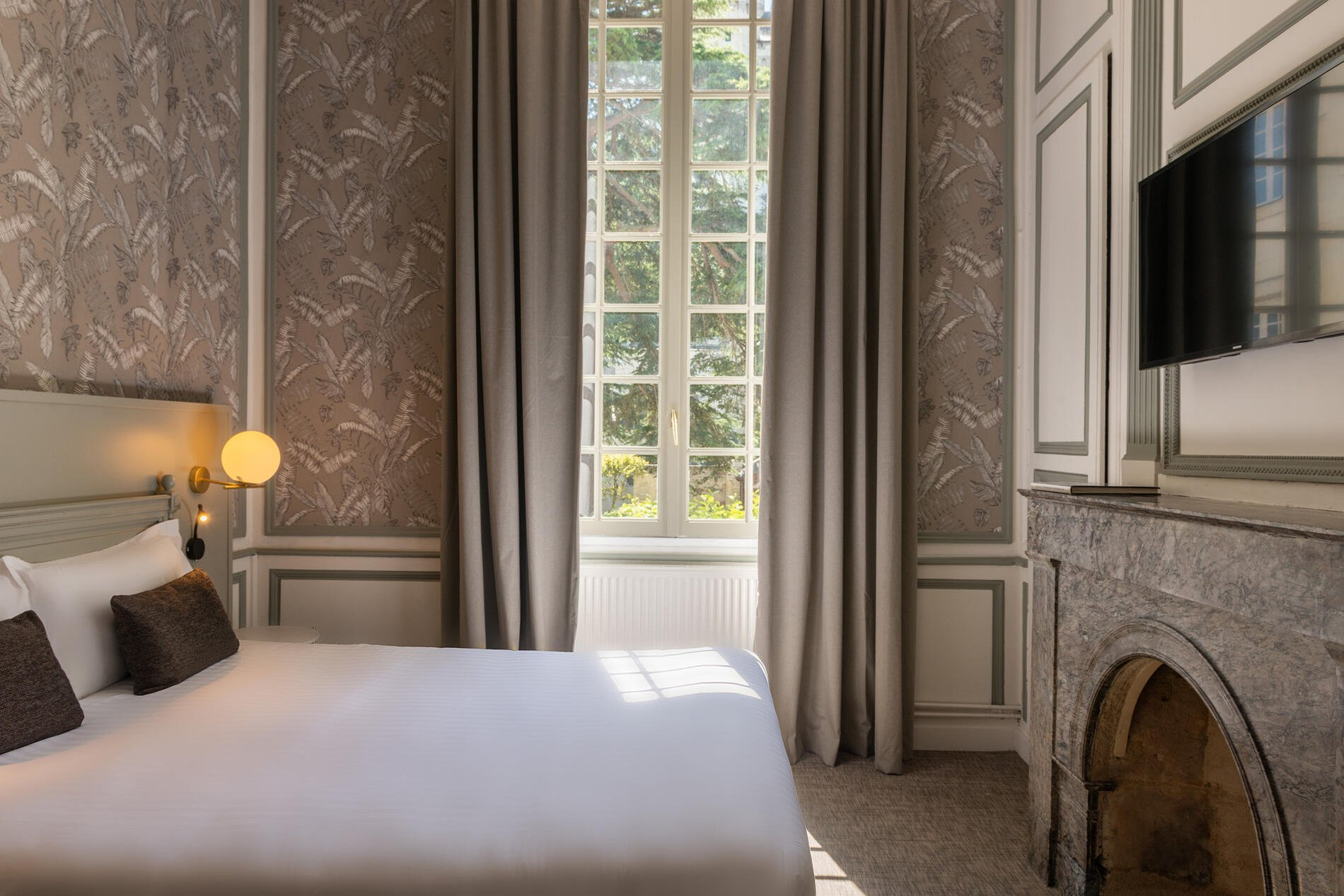 Classic Room at Hotel Anne d'Anjou in Saumur, France