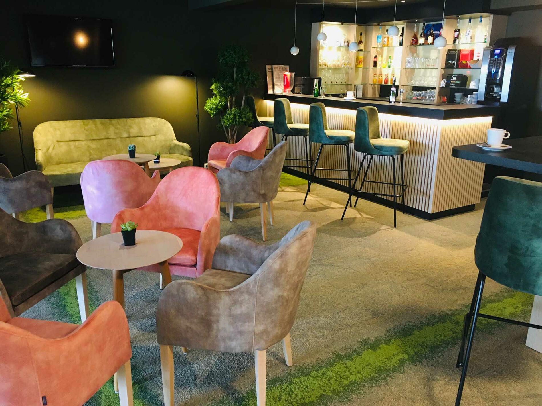 Bar at Acropole Hôtel