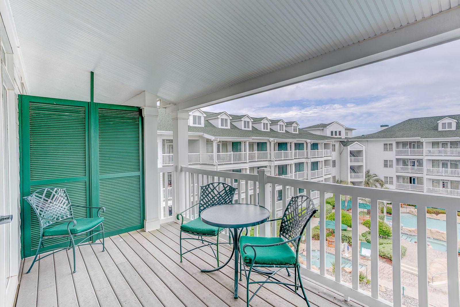 Two Bedroom Hotels Near Virginia Beach Boardwalk Turtle
