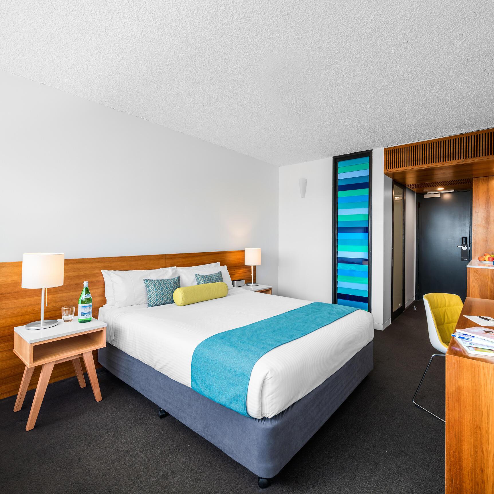 Deluxe Queen Room at Jasper Hotel Melbourne