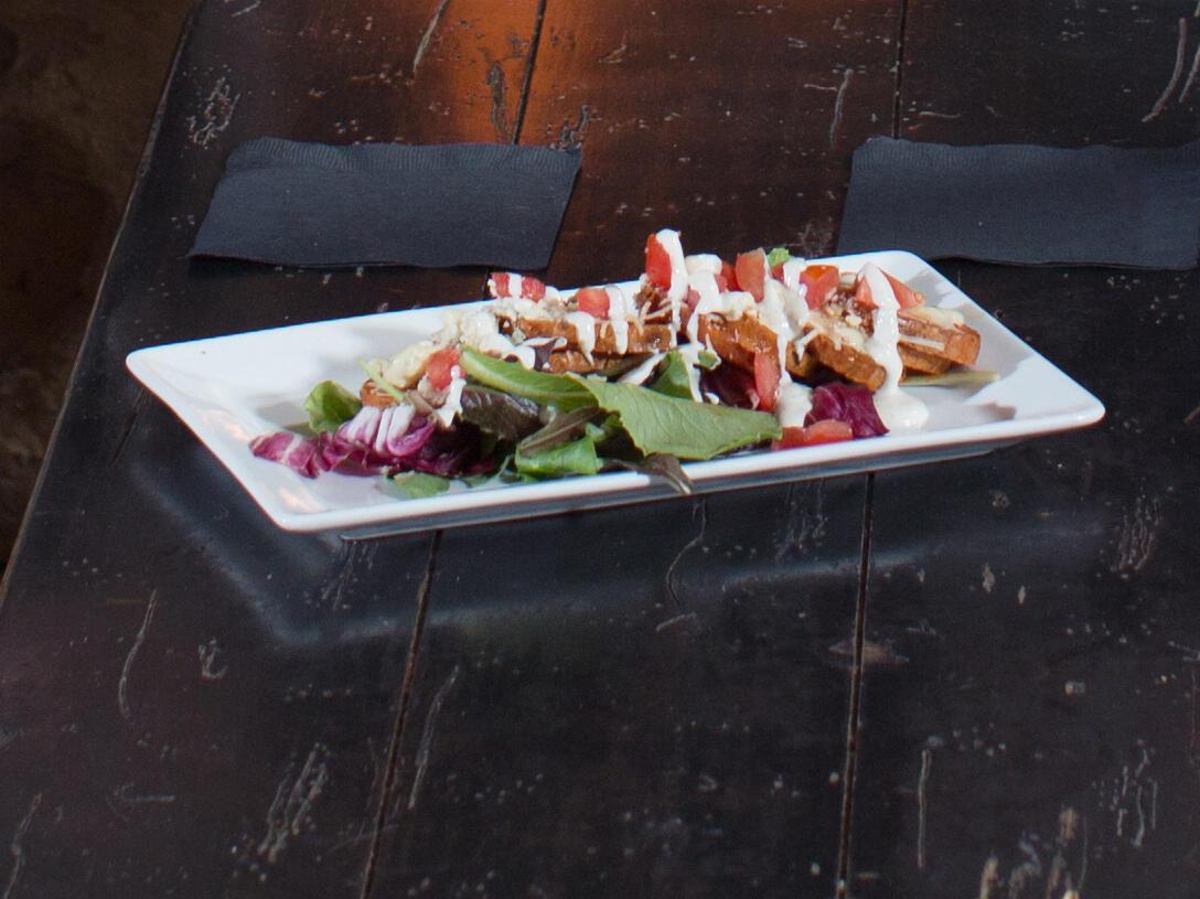 Delicious chicken salad dish