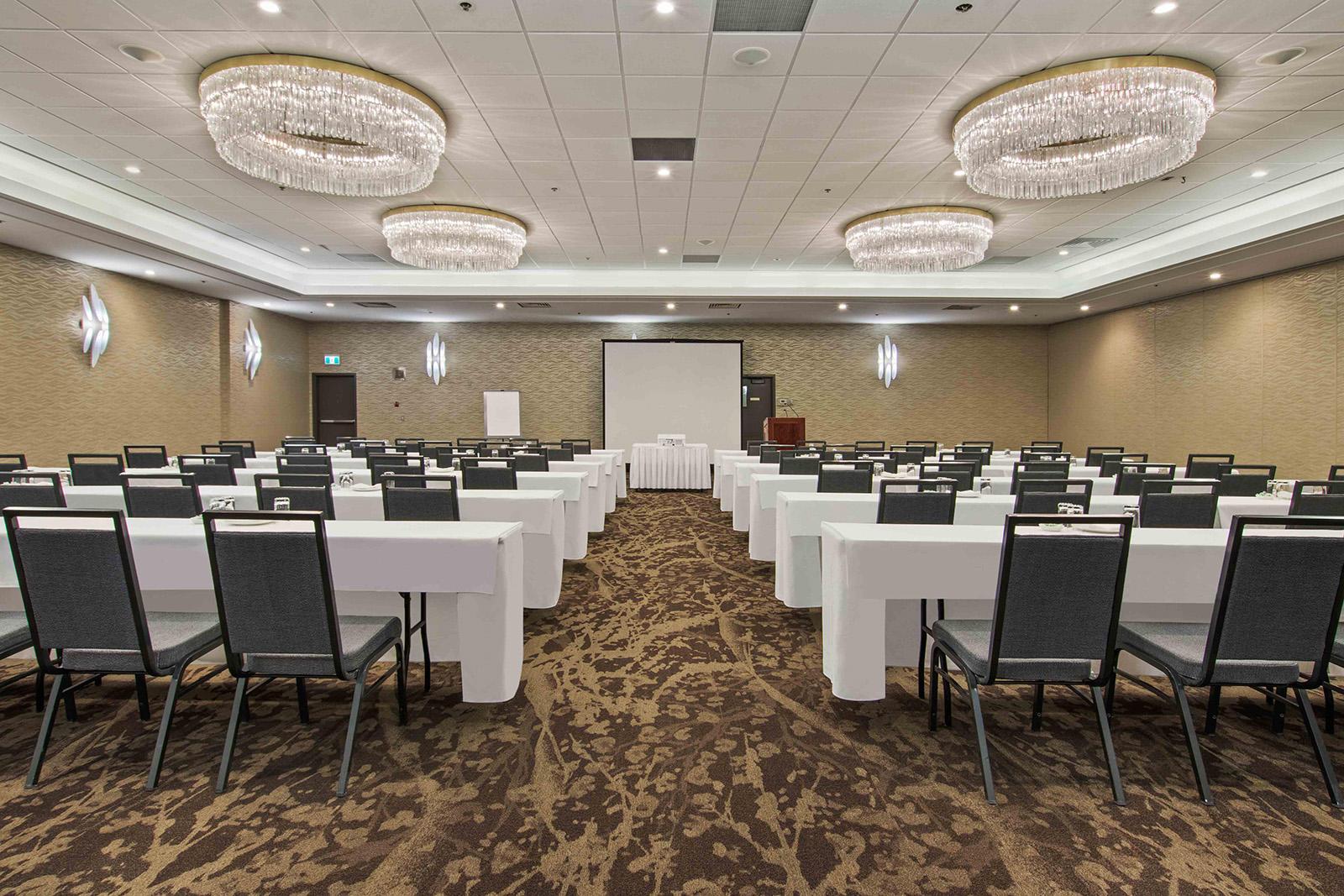 Best Western Premier Calgary Plaza Hotel - Calgary Hotels