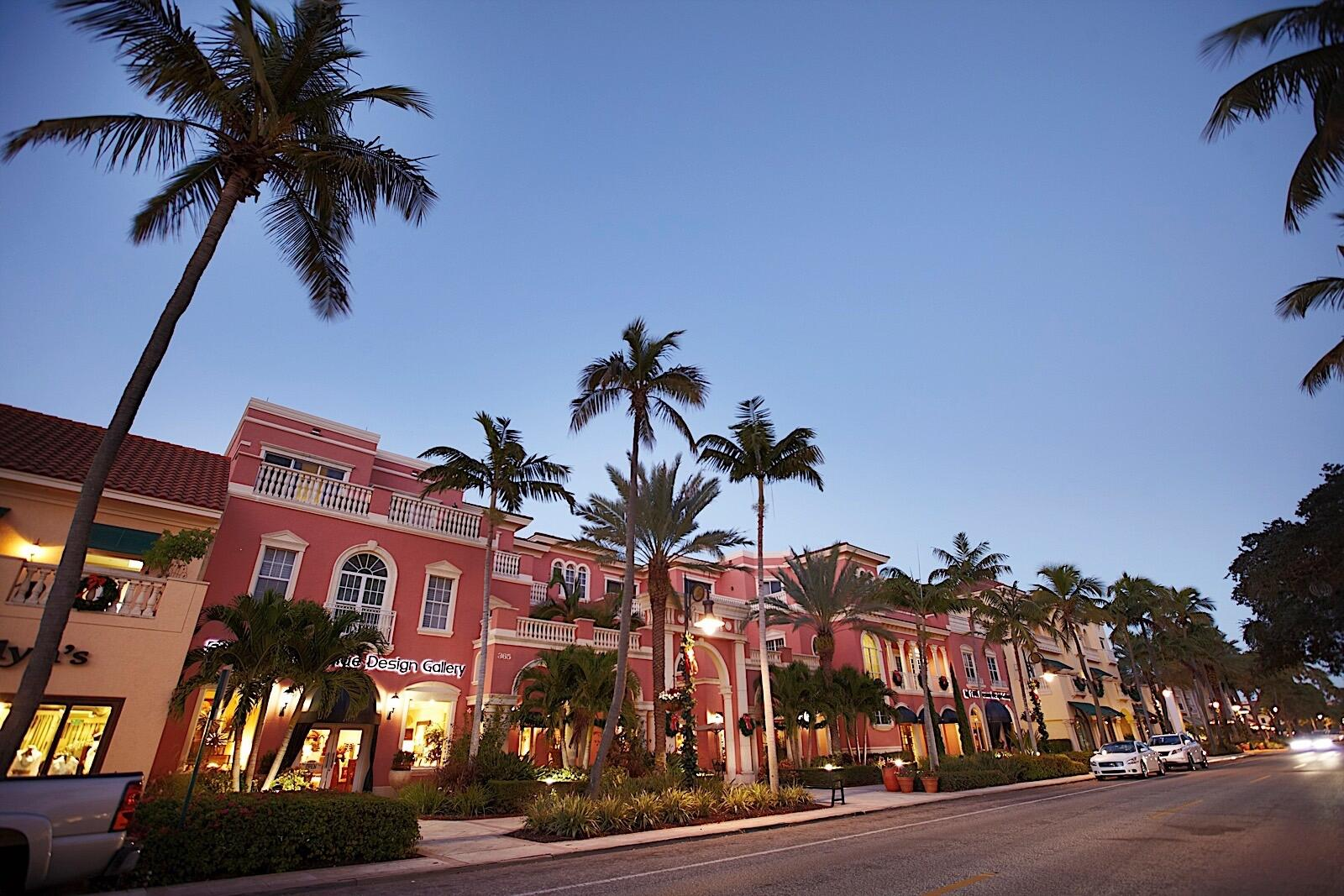 Fifth ave in Naples, FL