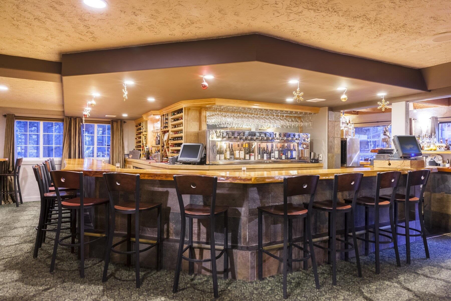 petra's bar