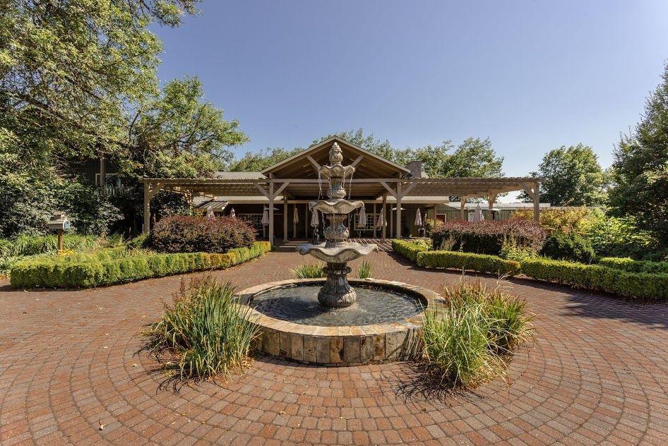 Surprising Cottage Grove Oregon Hotels The Village Green Download Free Architecture Designs Scobabritishbridgeorg