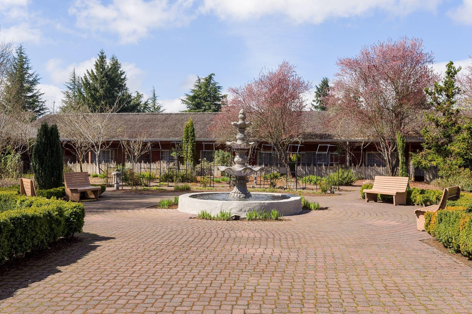 Special Offers From Village Green Oregon Christmas Market