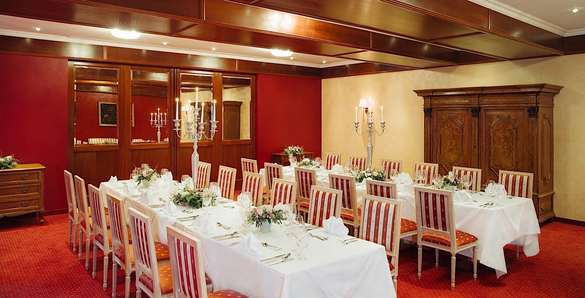 Gala im Roten Salon im Schloss Pichlarn