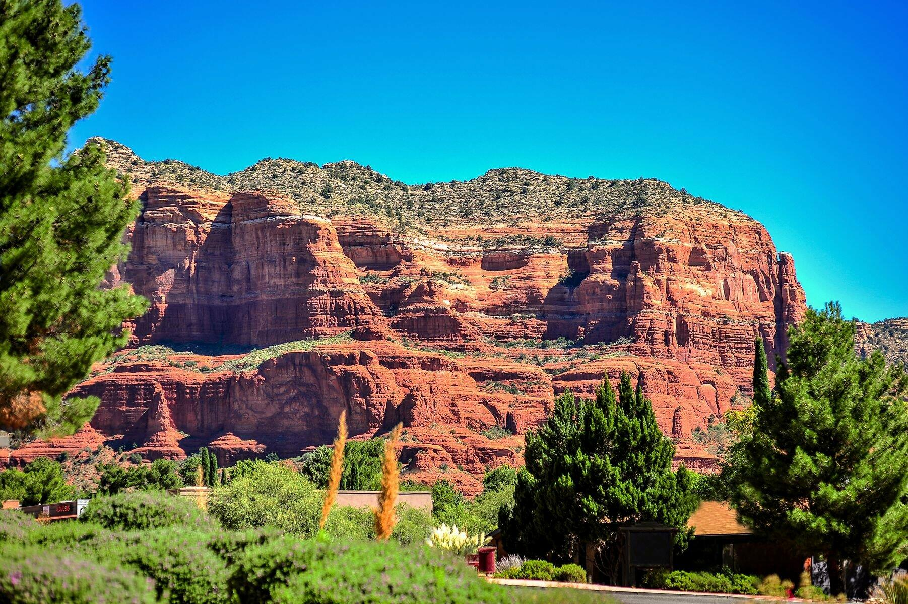 Bell Rock Inn Courthouse View