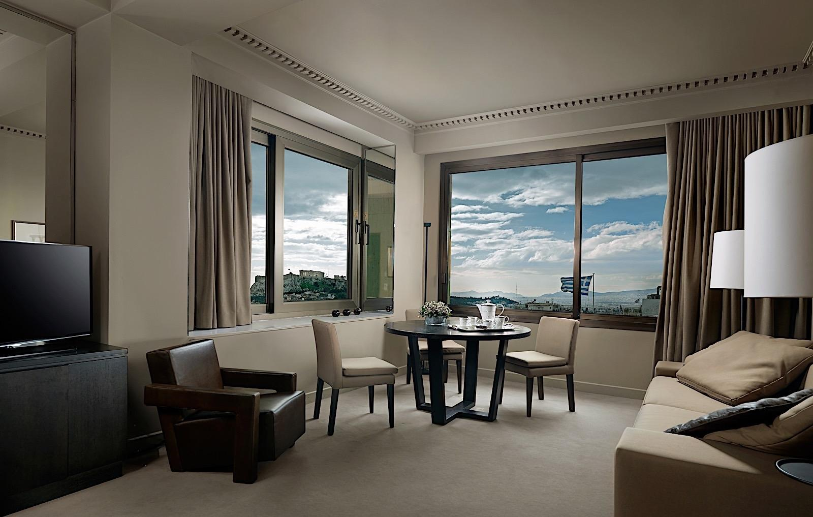 Deluxe Suite NJV Athens Plaza
