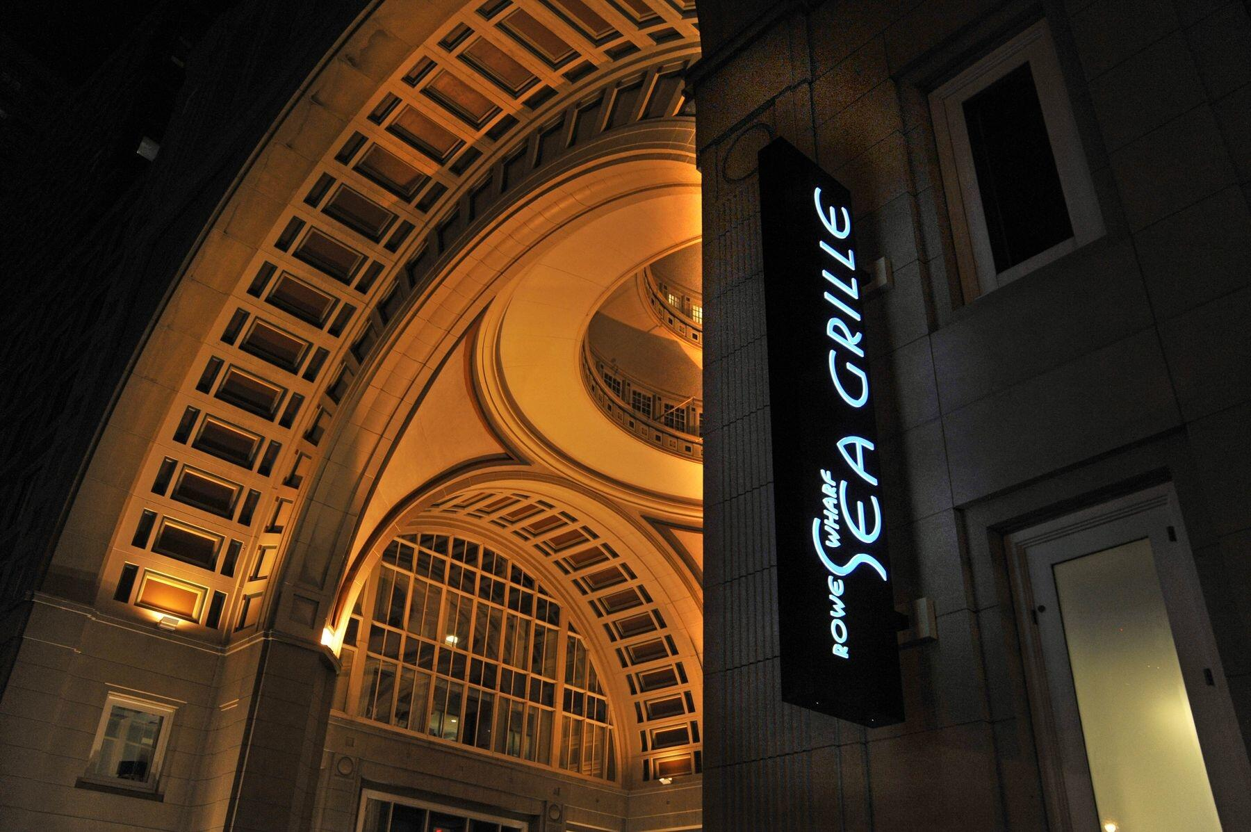Rowes Wharf Sea Grille sign and entrance