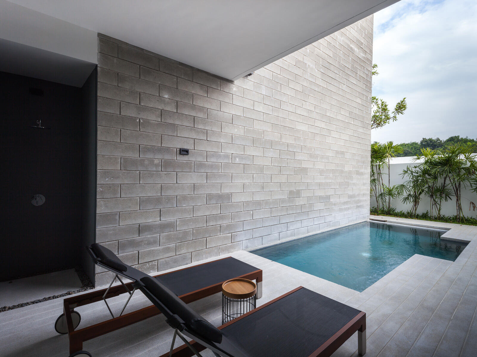 X2 Pattaya Oceanphere 2 Bedroom Villa - Relaxing Pool