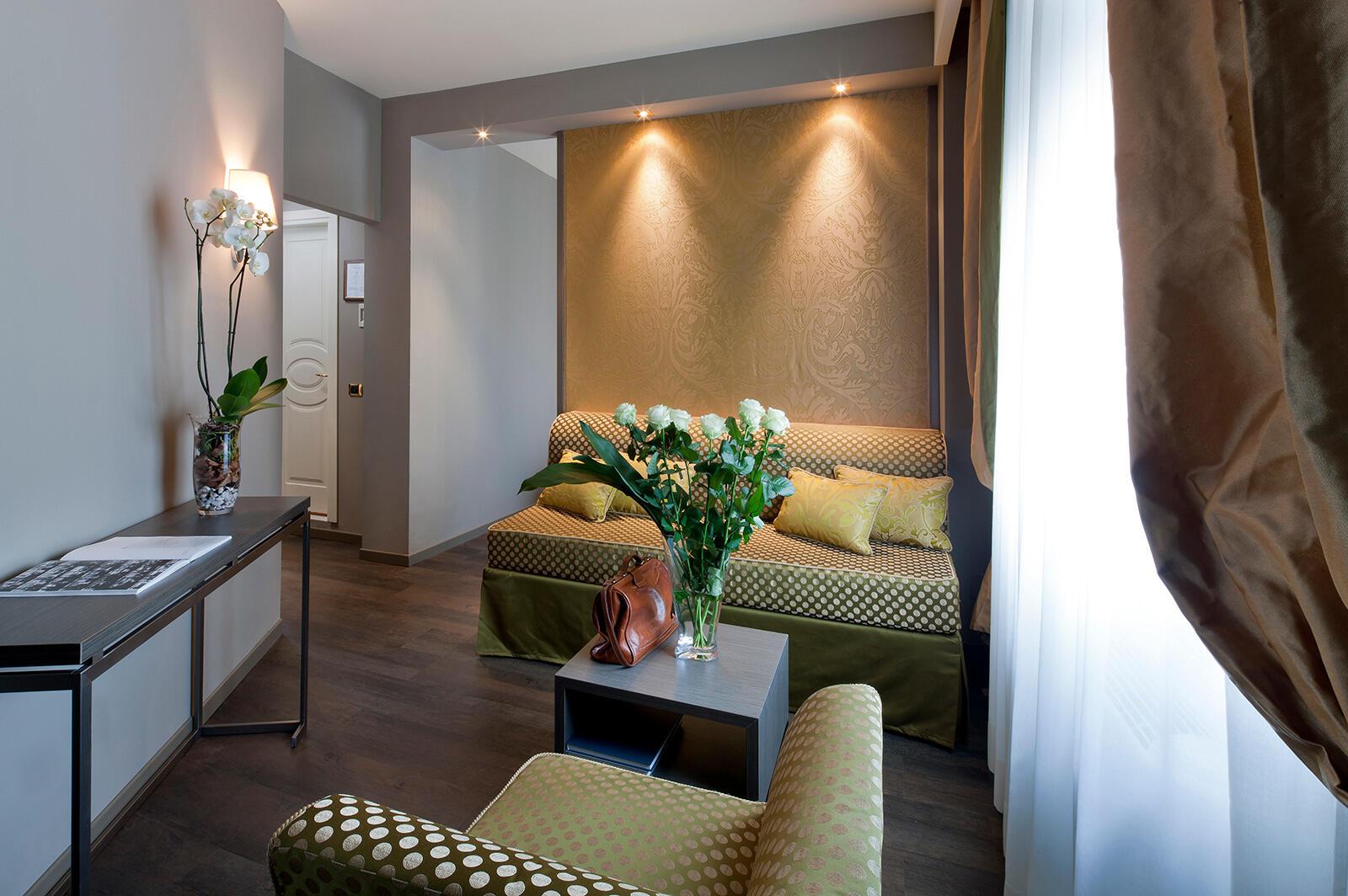Junior Suite at Hotel Mozart in Milan