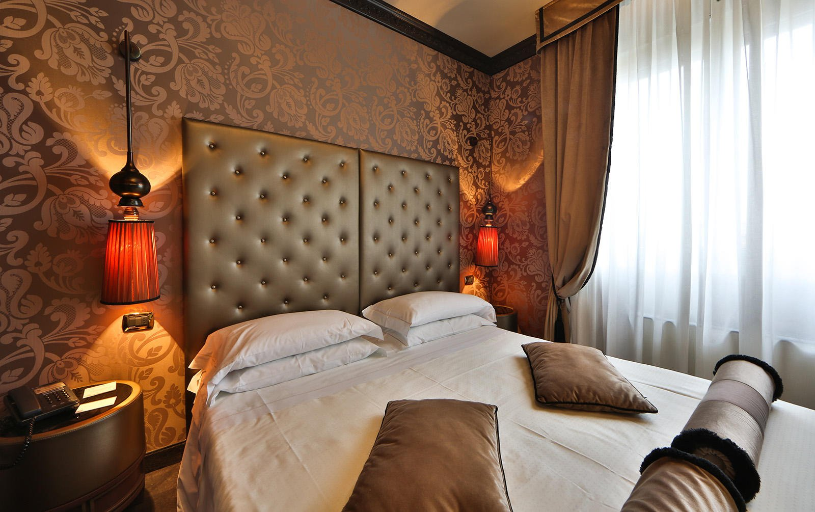 Suite at Hotel Mozart in Milan