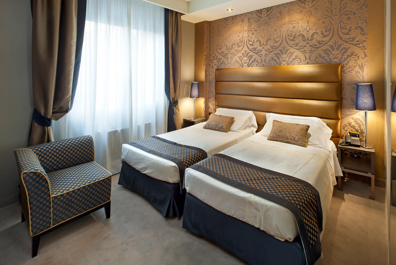 Superior Double Room at Hotel Mozart in Milan