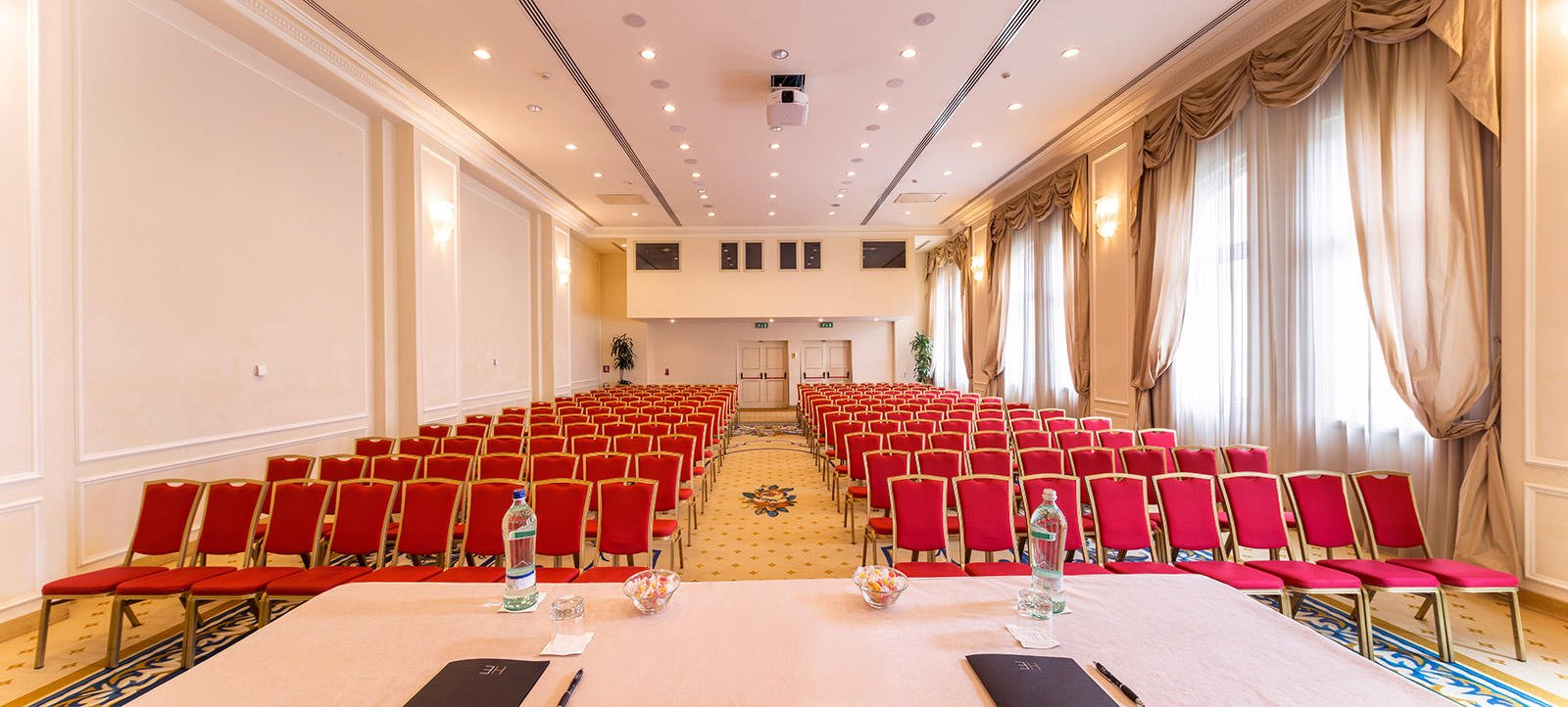 Conferences at Grand Visconti Palace in Milan