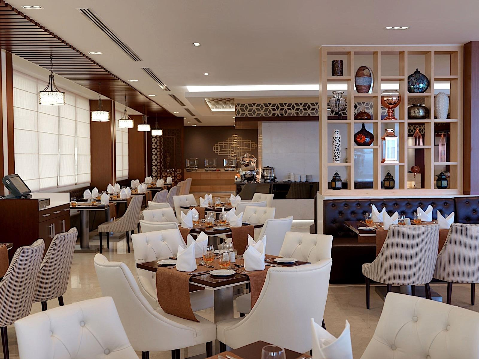 Restaurant at Two Seasons Hotel & Apartments in Dubai
