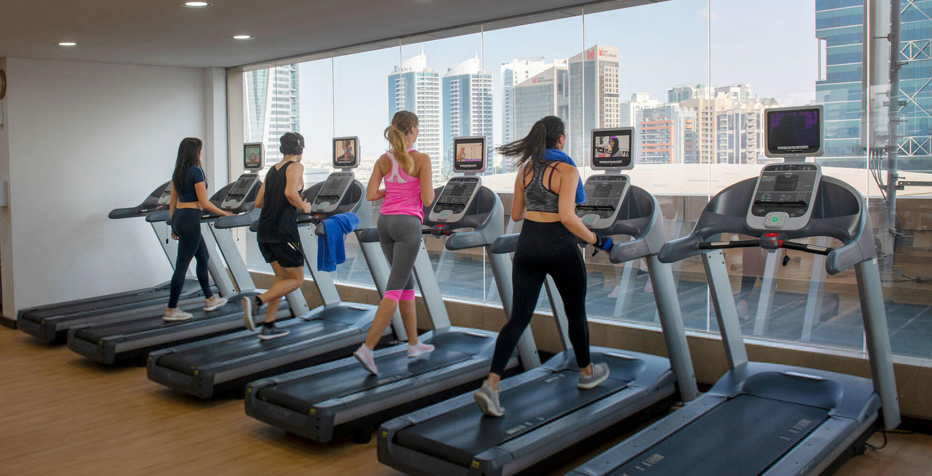Fitness Center Two Seasons Hotel