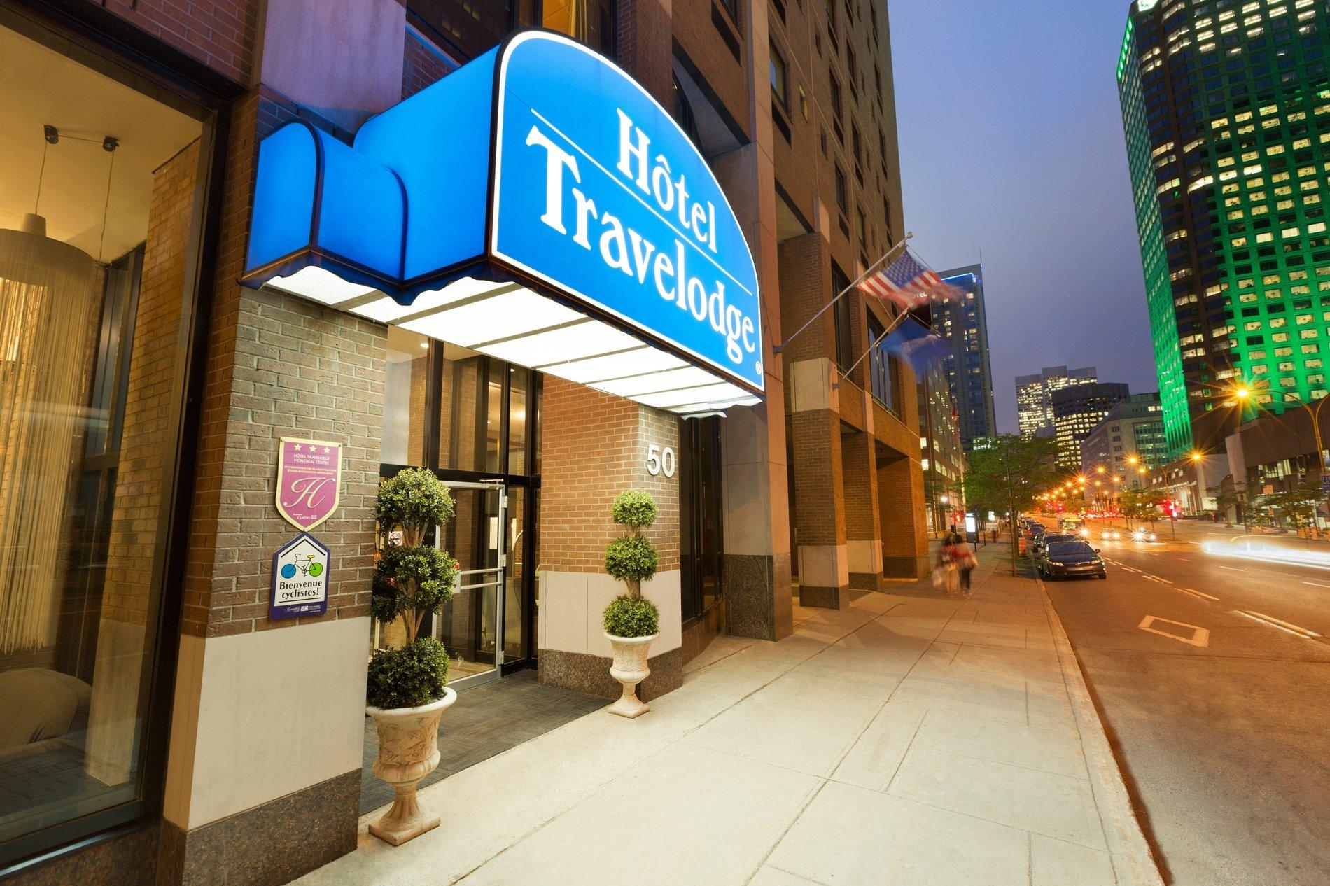 travelodge montreal centre downtown montreal hotel. Black Bedroom Furniture Sets. Home Design Ideas