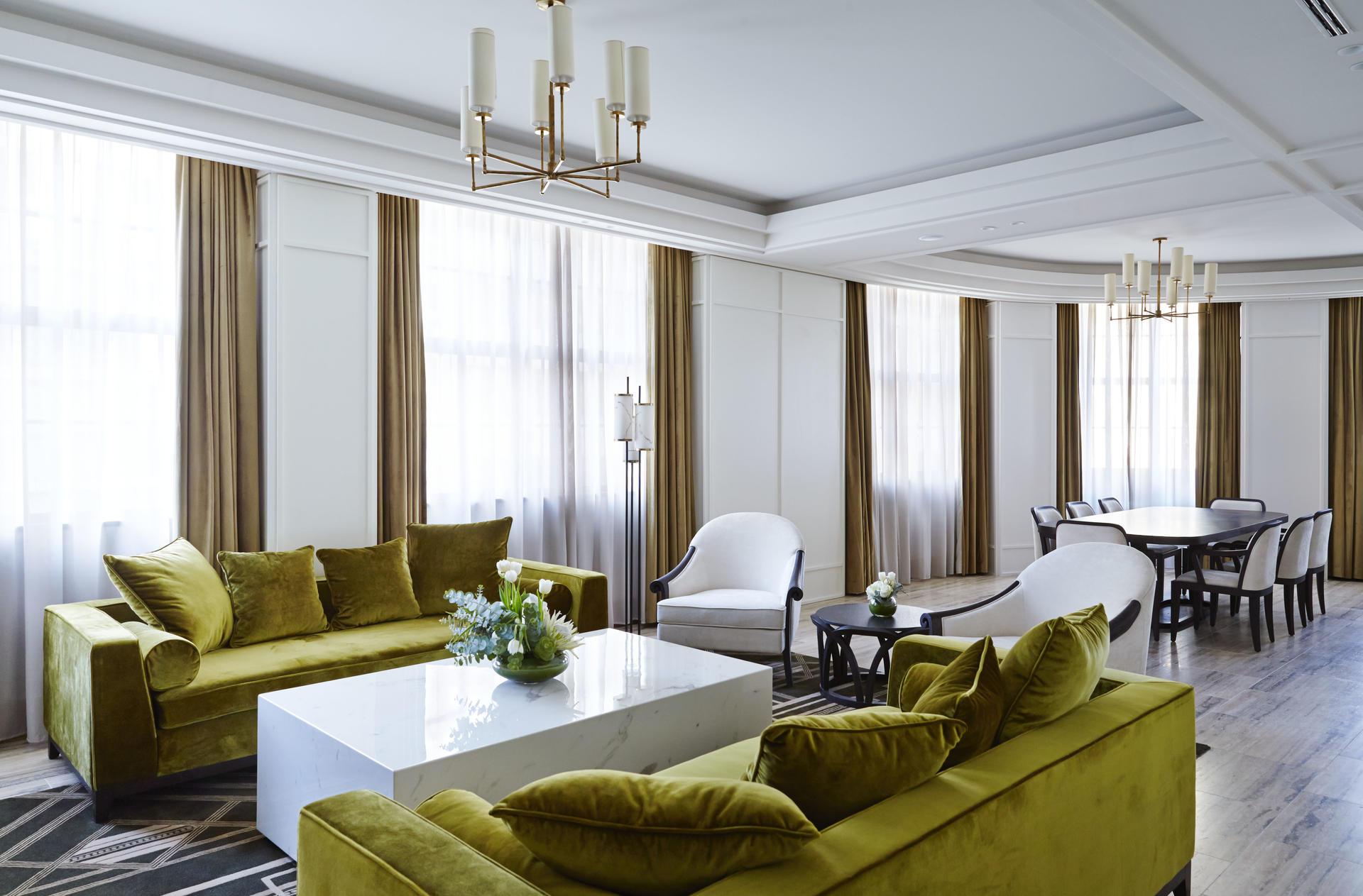 Primus Hotel Sydney - Vice Presidential Suite Living Area