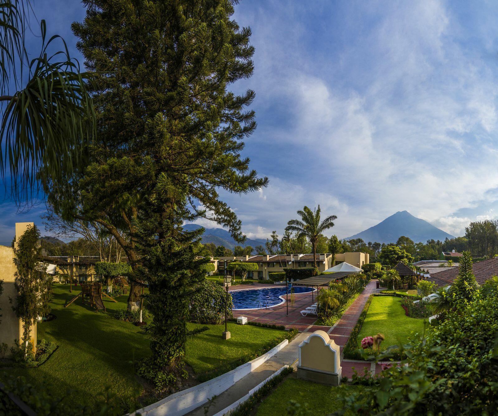 Hotel Soleil La Antigua logotipo xterior
