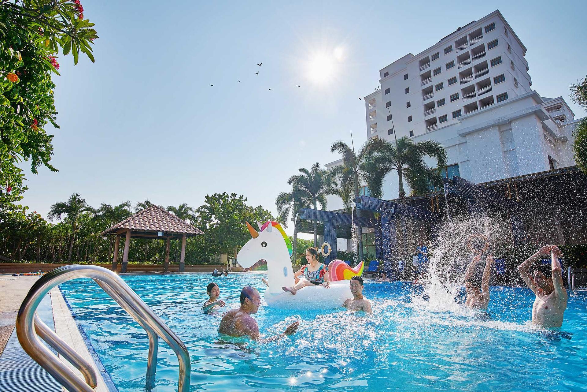 Indoor & Outdoor Facilities   Lexis Port Dickson