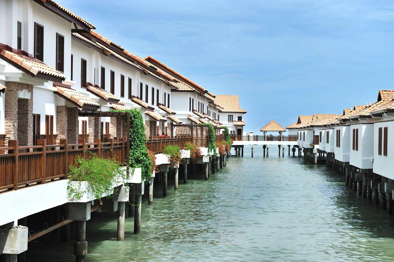 Balinese-inspired Port Dickson villas with private pools. Choose