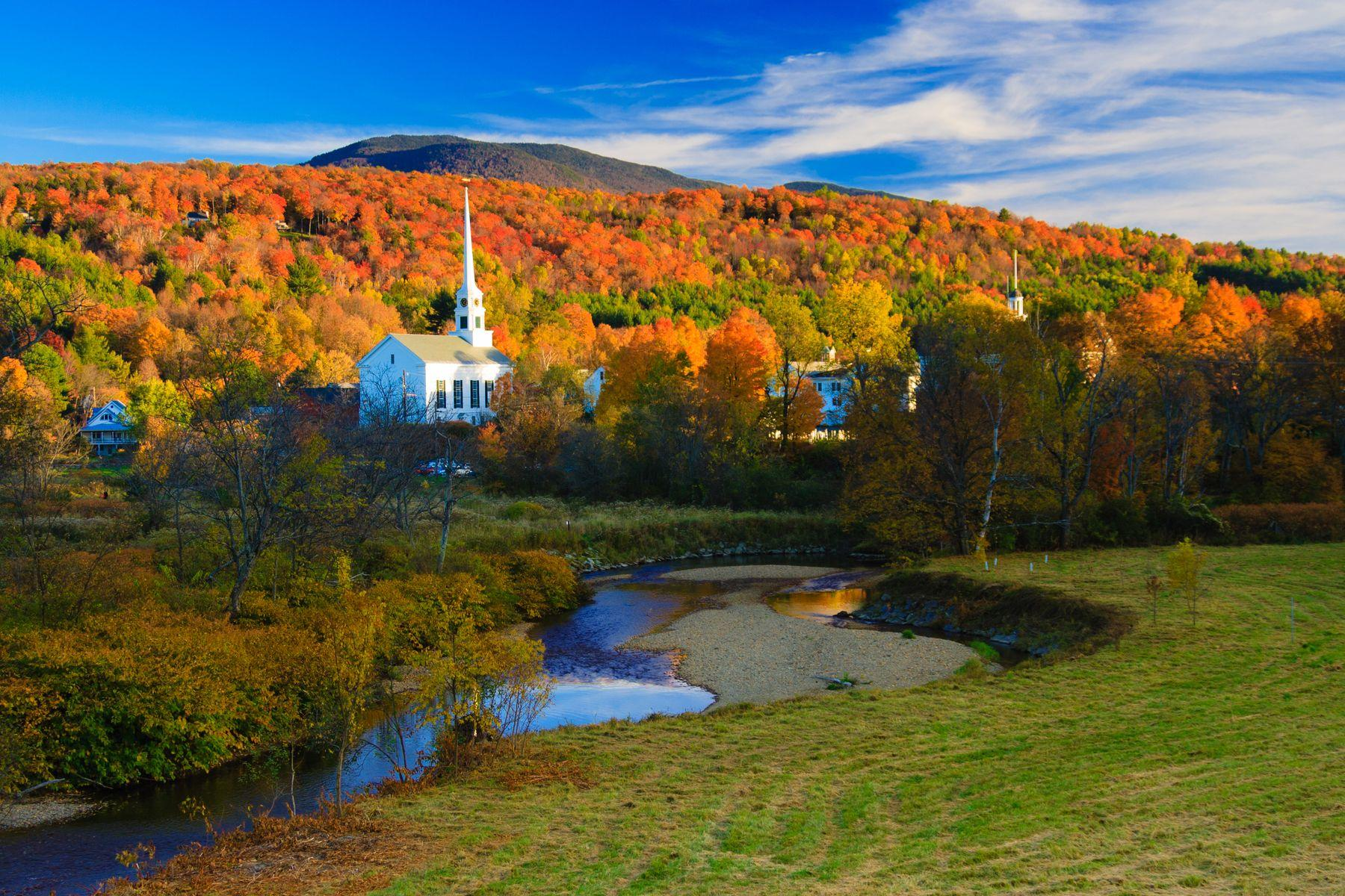 Wide shot of Stowe, Vermont.
